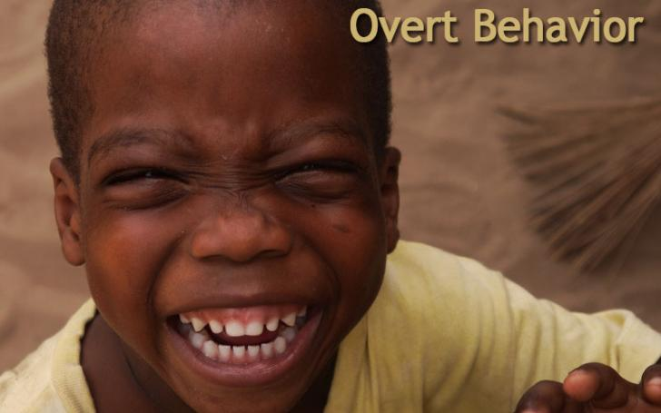 child laughing shows overt behavior